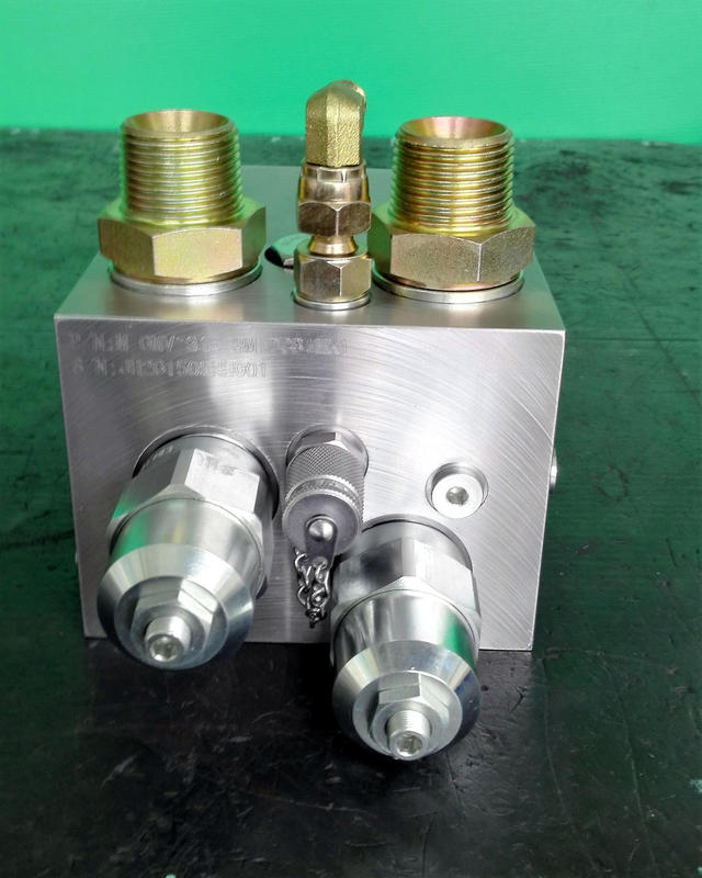 Manifold Valve for combination function